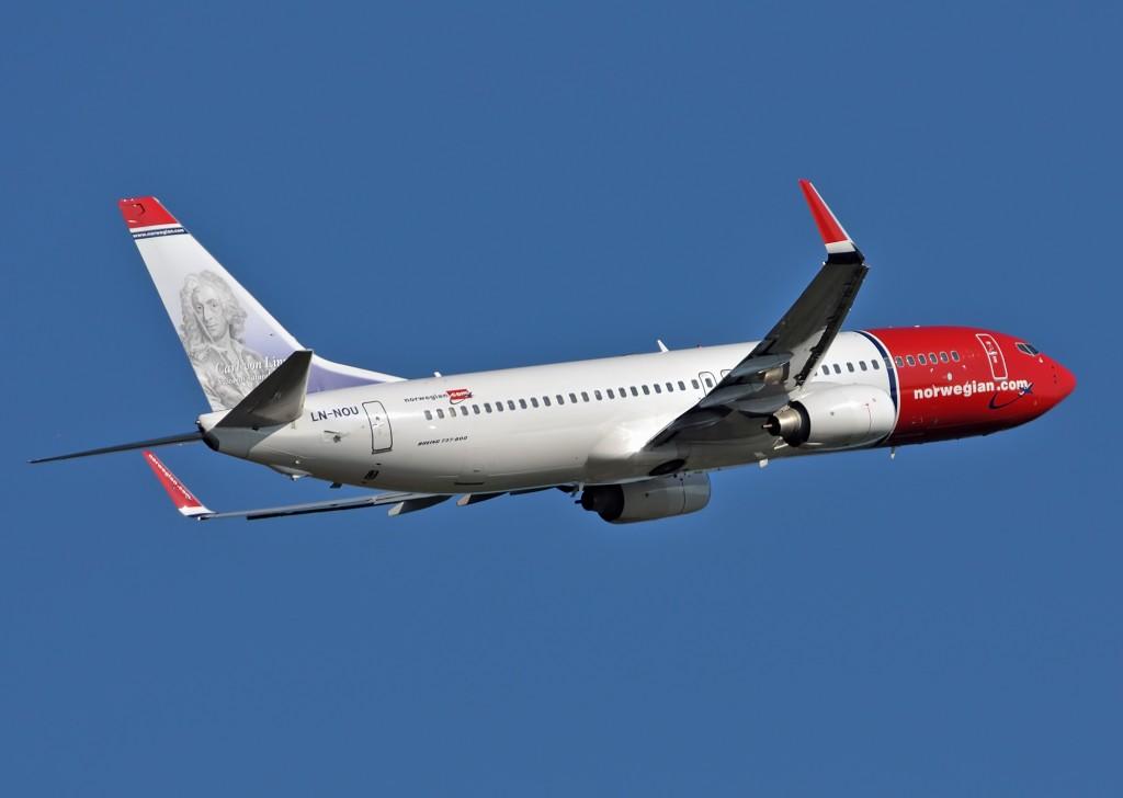 Een van de toestellen van Norwegian Air Shuttle. (foto: Norwegian): www.zwedenweb.com/vervoer-naar-zweden/met-overige-maatschappijen...